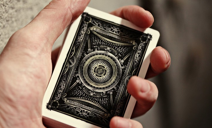 INFINITY-PLAYING-CARDS-3