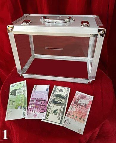 Tora-Glassy-Briefcase -4-Times-1