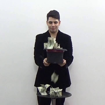 Tora-Money-Fountain
