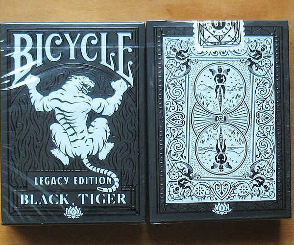 Bicycle-Black-Tiger-Legacy-Edition-kartya