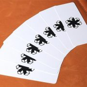Air-Deck-The-Ultimate-Travel-Playing-Cards-White (3)