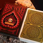 Bicycle-Limited-Edition-CPC-100th-Deck-Design (6)