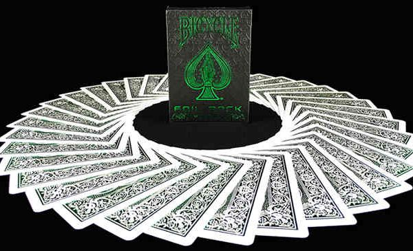 Bicycle-MetalLuxe-Emerald-Playing-Cards (2)