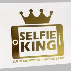 Hanson-Chien-Presents-Selfie-King by-Julio-Montoro-and-Victor-Sanz (3)