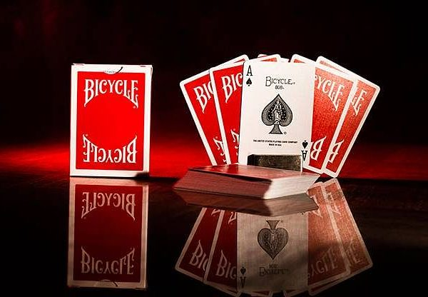 bicycle-insignia-playing-cards-5