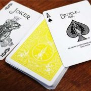 bicycle-yellow-playing-cards-2
