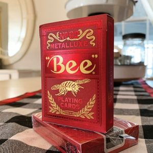 Bee-Red-MetalLuxe-Playing-Cards (6)