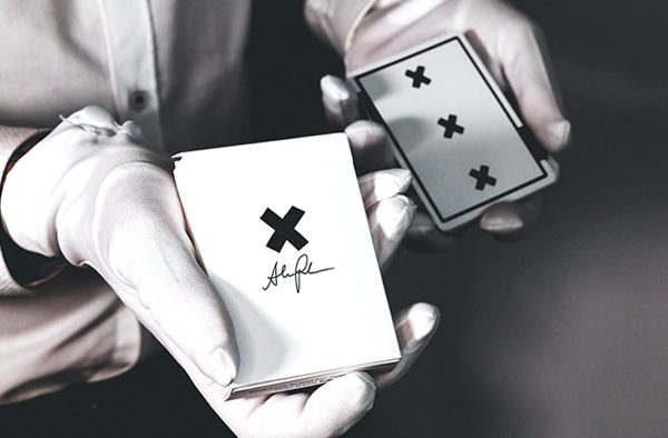 X-Deck-(White)-Signature-Edition-Playing-Cards.png (1)