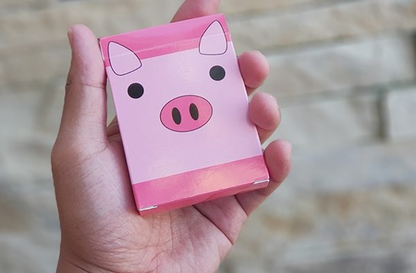 Oink-Oink-Playing-Cards (1)