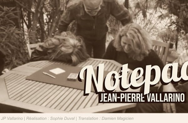 The-Notepad-(Gimmicks-and-Online-Instructions)-by-Jean-Pierre-Vallarino (1)